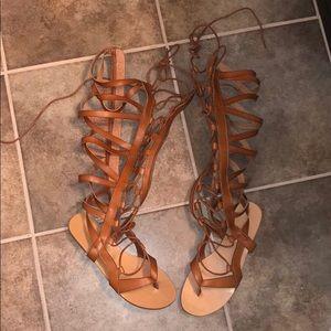 ShoeDazzle gladiator sandals size 8
